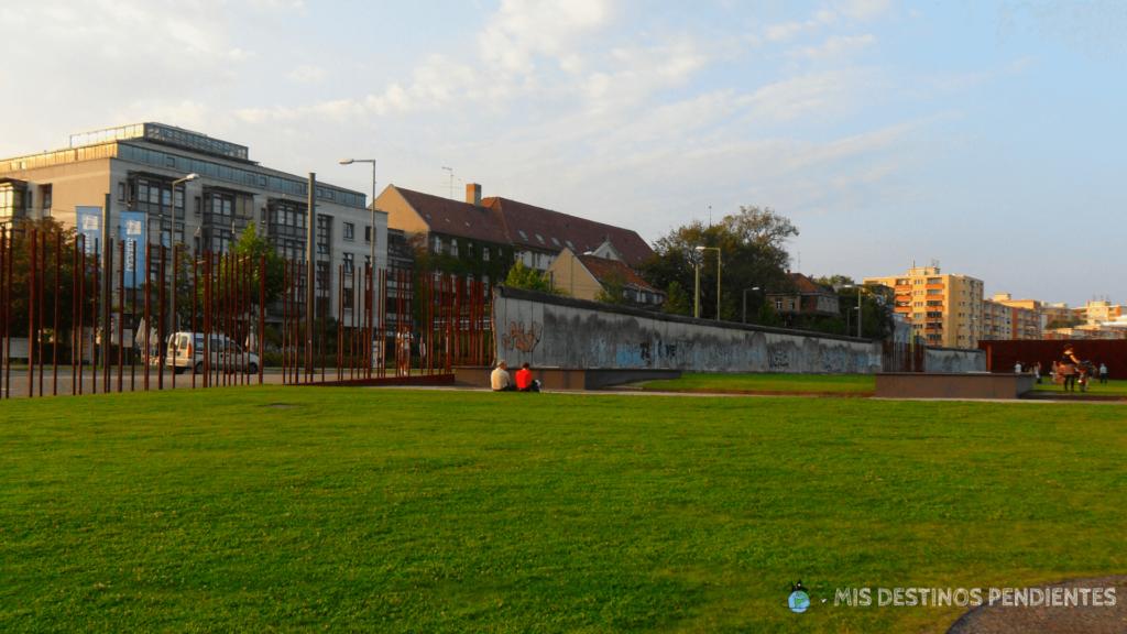 Fragmento de muro conservado en la Bernauerstrasse (Berlín, Alemania)