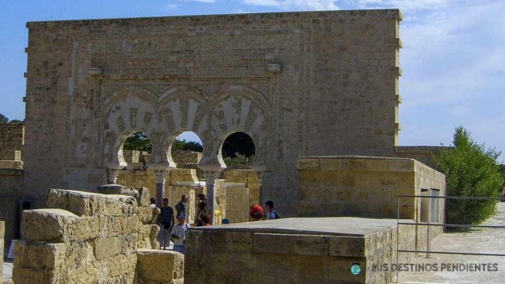 Antigua entrada a la Casa de Ya'far (Medina Azahara - Córdoba, España)