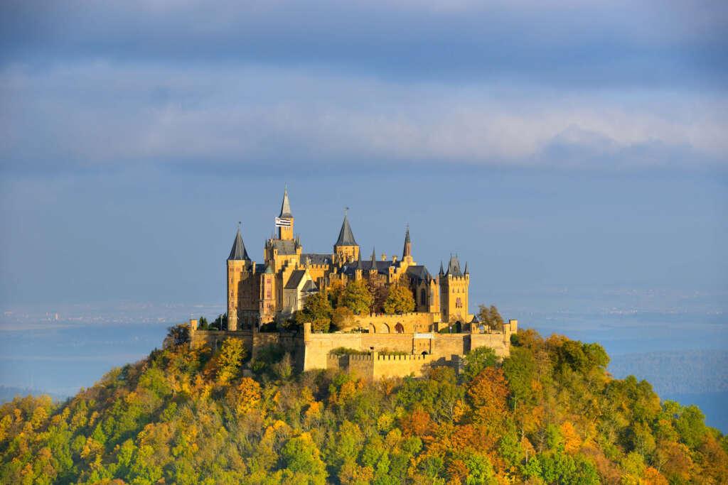 Vista del Castillo Hohenzollern desde el Zeller Horn (Bisingen, Alemania) - Fuente: DZT Francesco Carovillano