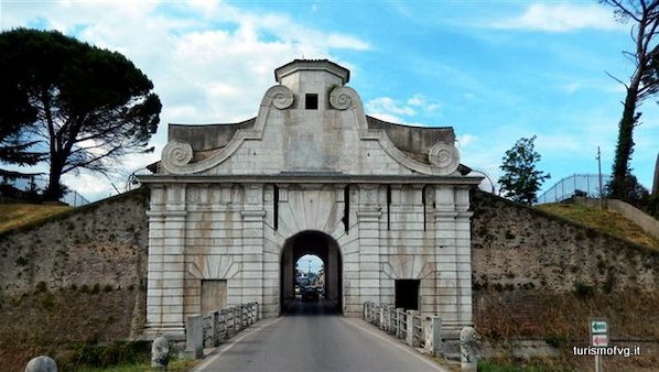Porta Aquileia (Palmanova, Italia)