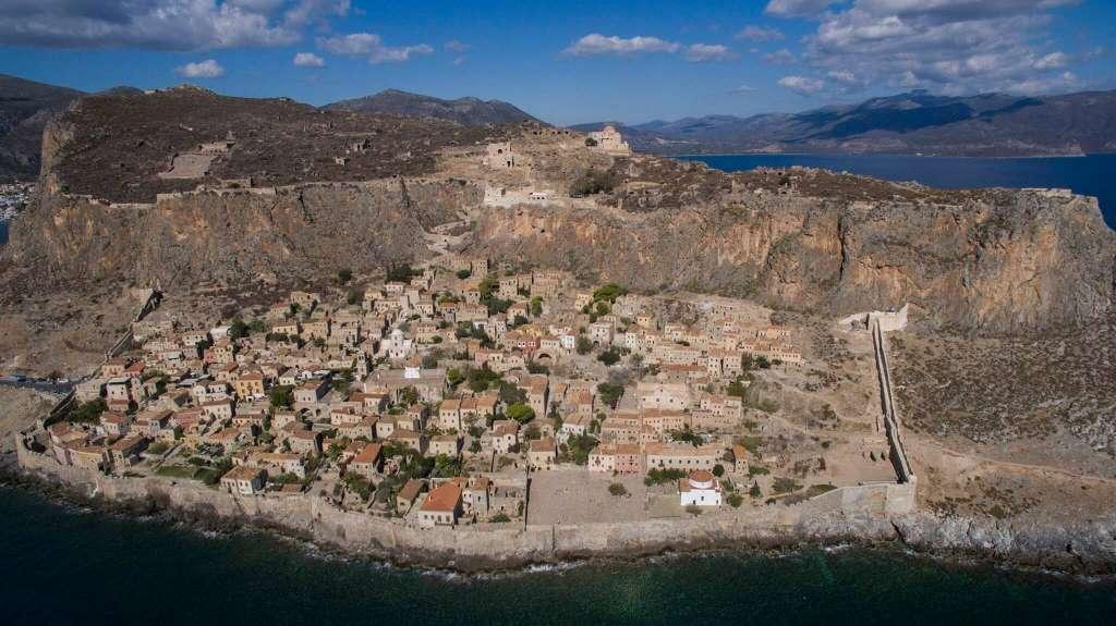 Vista aérea de Monemvasía (Fuente: monemvasia.org)