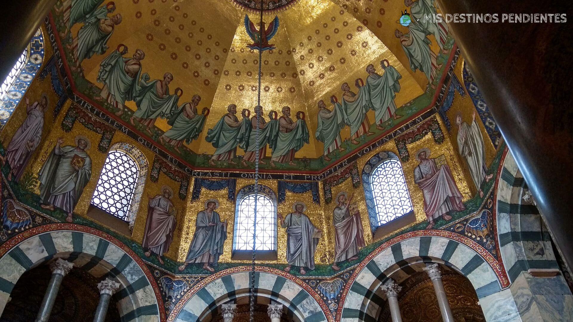 Cúpula de la Catedral de Aquisgrán (Aachen, Alemania)