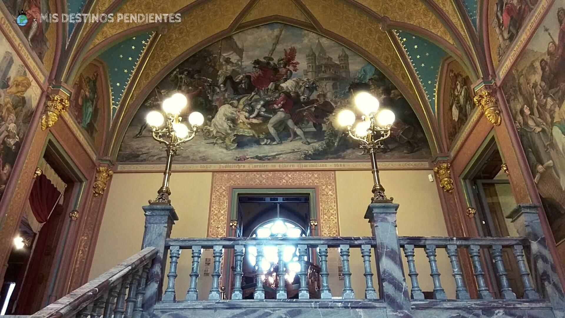 Interior del Castillo Drachenburg (Königswinter, Alemania)