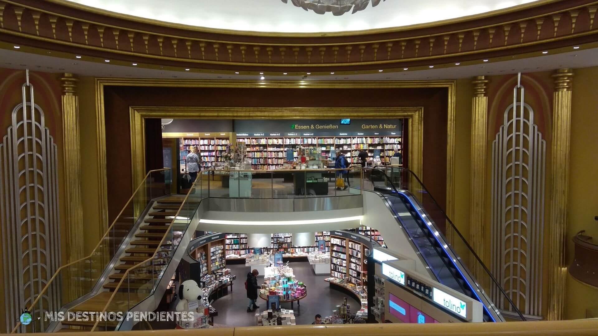 Interior de la librería Thalia (Bonn, Alemania)