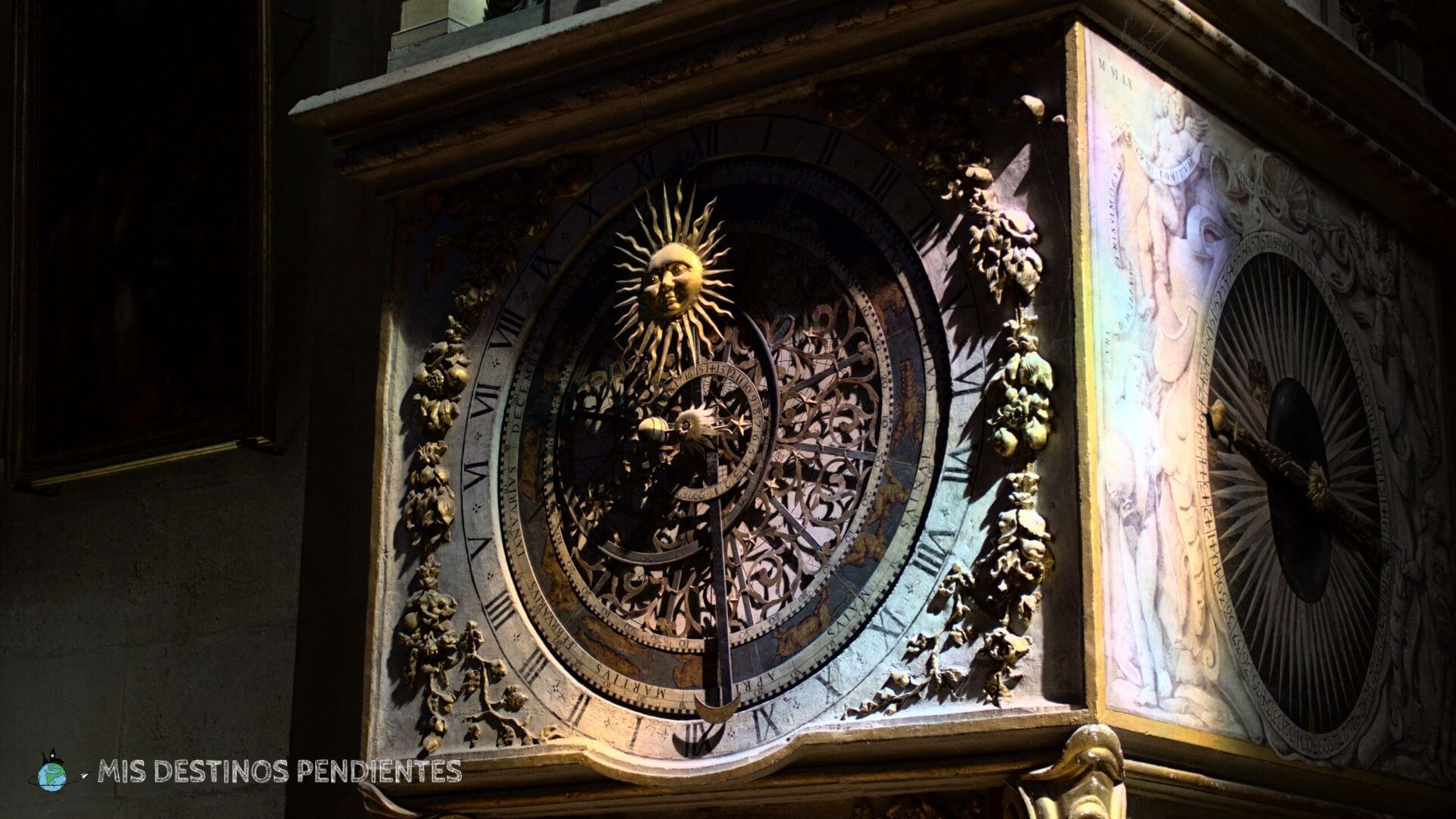 Reloj astronómico (Catedral de Lyon, Francia)