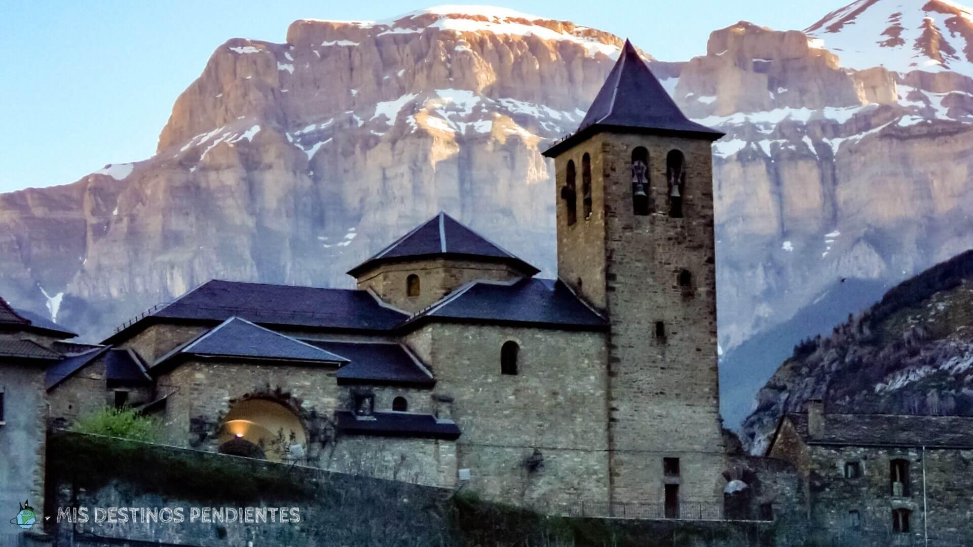Vista de Torla (Huesca, España)
