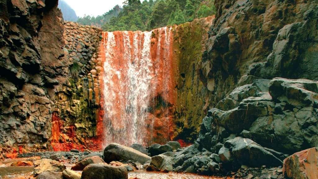Cascada de Colores (La Palma, España) - Fuente: Turismo de Islas Canarias