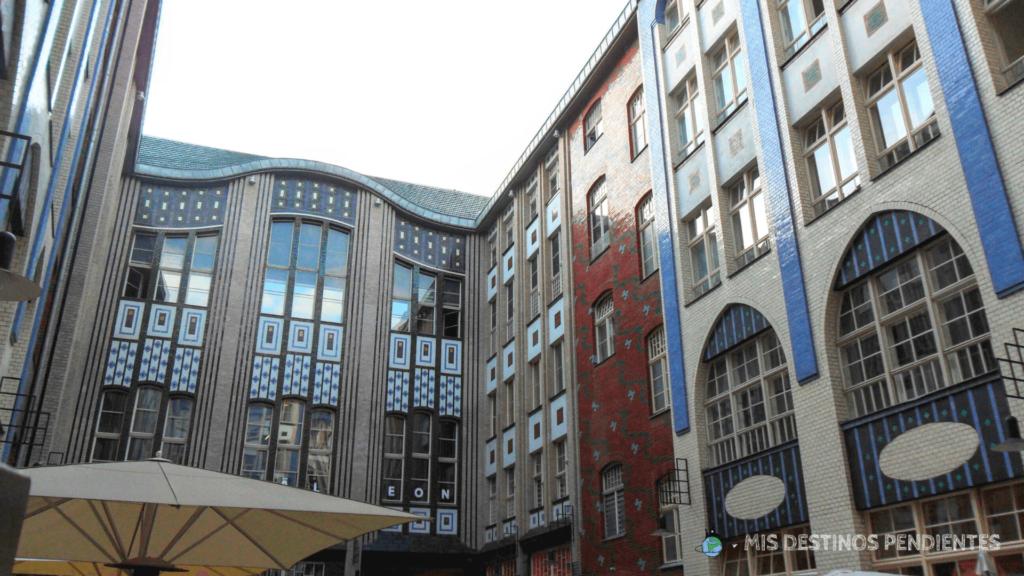 Interior de Hackesche Höfe (Berlín, Alemania)