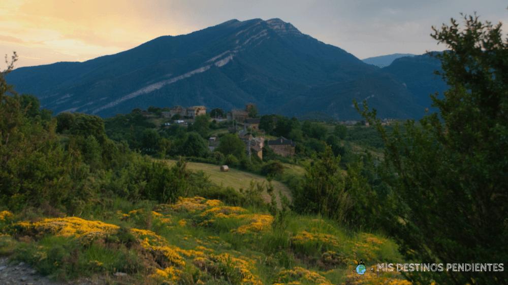 Vistas en el camino de Buerba a Vió (Valle de Vió, España)