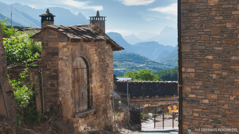 Calles de Fanlo (Valle de Vió, España)