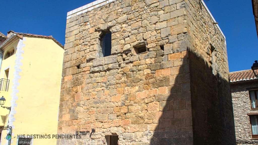 Torre del Conde (Cirat, España)